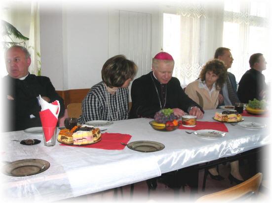 Przy wsp�lnym stole z nauczycielami i dyrekcj� SP nr 1 i Gimnazjum
